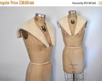 SALE 50% OFF Blonde Mink Fur Collar / vintage