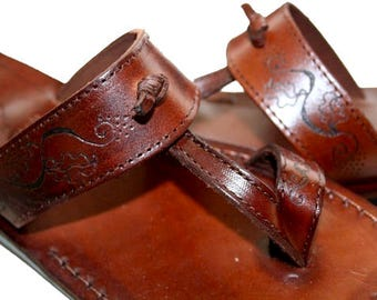 Brown Decor Twizzle Leather Sandals For Men & Women - Handmade Flat Sandals, Leather Flip Flops, Unisex Sandals, Brown Leather Sandals