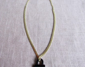 make it rain - chain lock necklace