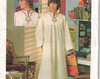 Pullover Caftan Dress Butterick 4560  Sewing Pattern Tent Muumuu Vintage 1970s Bust Size 34 Size 10 Cut MISSING iron on transfer