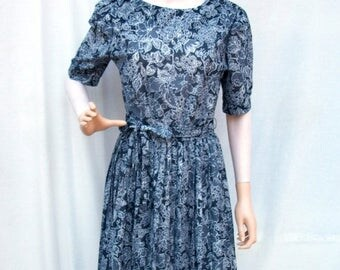 ON SALE 80s Black White Floral Dress size Small Medium Pleated Day Dress