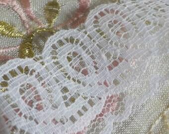 Vintage  White Lace - Lace Trim - Lace Edging -242 Inches long- 1950 Era