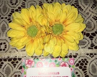 Double yellow daisy ahir flower clip