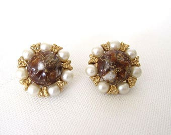Vintage Kramer Brown & Gold Fleck Earrings Round Clip On