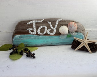 Joy Driftwood , Seaglass and Seashell sign , Coastal holiday Decor , Beach christmas