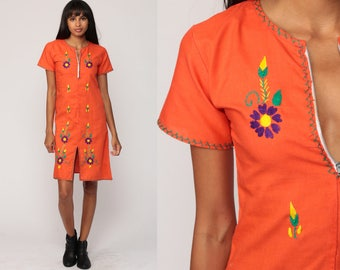 Boho Dress Dress 70s Mod Mini EMBROIDERED Floral Shift Orange Mexican Hippie Vintage 1970s Gogo Bohemian Twiggy Petite Extra Small xs