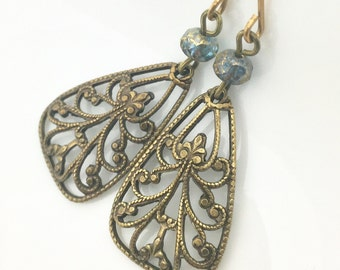 blue green glass drops, brass dangles, glass earrings, vintage  earrings, golden glass earrings
