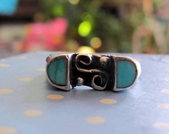 Native American Made Silver and Turquoise Navajo Pattern Size 7 Ring