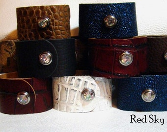 PACK OF 4 CUFFS - Cowhide Print -  Leather Supply - Acid Wash - Leather Cuffs - Leather Bracelets - Leather Jewelry - Jewelry Supply