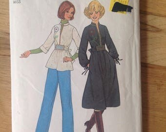 Vintage Simplicity 7757 Misses' Pullover Tunic or Dress   • size 10