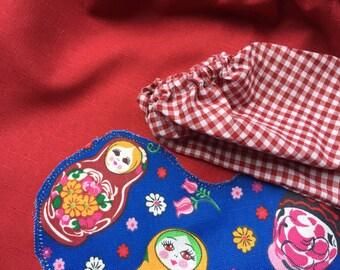 Back to school kids art smock, long sleeve waterproof front craft apron. Fits age 5 to 8. Dark maroon with Babushka.