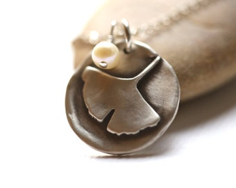 Ginkgo leaf Necklace in sterling silver with freshwater pearl