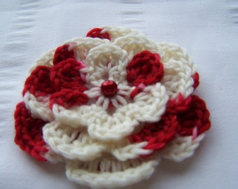 Crochet motif flower with button 3 inch white and red candy cane