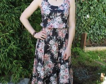 70s Midi Dress, Sleevless Dress, Circle Skirt Dress, Black and Pink, Rose Print, Floral Dress, Secretary Dress, Minimal Dress, Small Medium