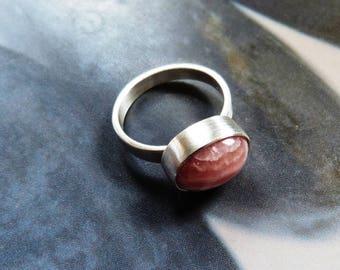 Rhodochrosite silver ring, handmade metalwork ring, graduation gift, gift for daughter, gift for sister, birthday gift, pink gemstone ring