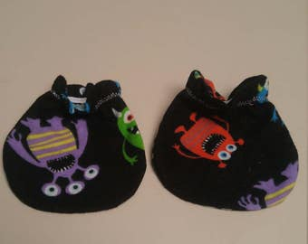 Monsters Aliens Baby Mitts