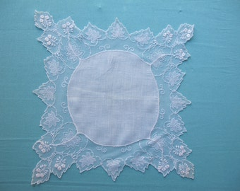 1920s Round Sheer Linen Hanky Forget Me Nots Embroidered Net Pure Linen Exquisite Lace