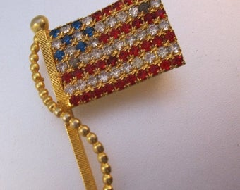 SALE Now On Ends 4/3/17 Vintage American USA Flag Rhinestone Brooch Costume Jewelry Jewellery