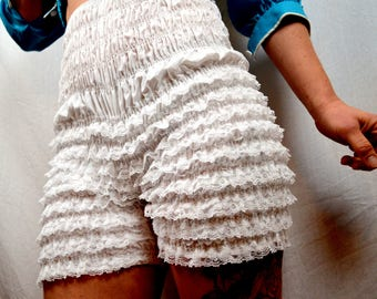Vintage White Malco Modes Ruffled Rockabilly Bloomers