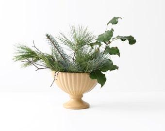 Vintage Haeger Ceramic Urn