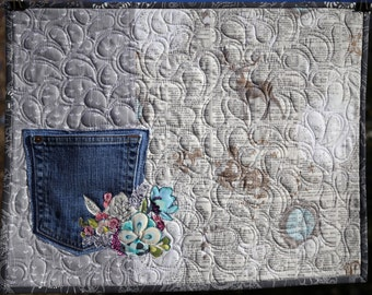 PAPER PATTERN Jean Pocket Quilted Placemats Denim Floral Pastel Bright Gray