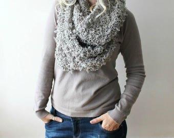 Sale infinity scarf / hand knit infinity scarf / grey circle scarf / grey infinity scarf knit / chunky scarf / gray winter scarf/ grey knit