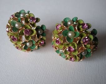 Christian Dior Haute Couture  1967 Germany Flower Bouquet Clip On Earrings  Free Shipping To The Usa And Canada