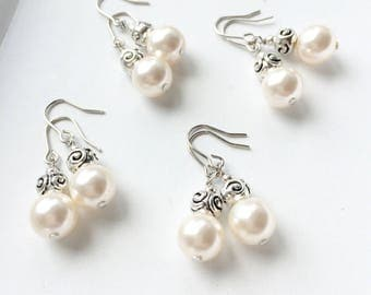 Set of four bridesmaids earrings. Simple and dainty pearl earrings. Bridesmaid gifts.