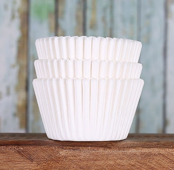 White Cupcake Liners, White Greasepoof Cupcake Liners ...
