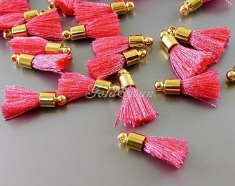 4 pcs hot pink dark pink short 18mm cotton tassel charms, small colorful tassels 2049G-HOP