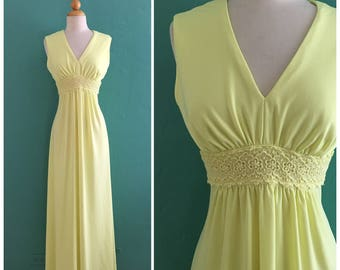 60's yellow maxi dress // hippie maxi dress~ small medium