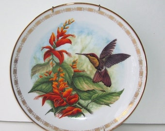 The Hamilton Collection Ruby Topaz Hummingbird by J.F. Landenberoer, The Jeweled Hummingbirds Plate Collection, Plate with Hanger