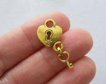 8 Heart lock and key charms antique gold tone GC116