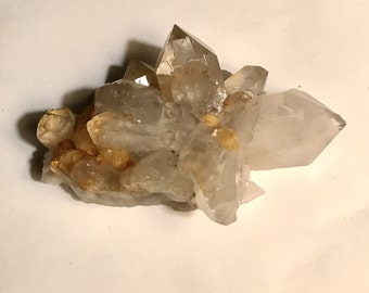 72g Clear Natural Beautiful White QUARTZ Crystal Cluster meditation or decoration