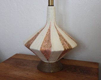 Atomic Pink & Gold Table Lamp Mid Century Modern  - Hollywood 1950s Unusual Flared Style Ceramic