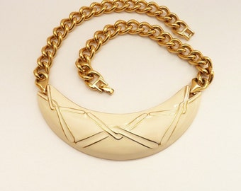 Vintage Monet Gold Chain Necklace with Cream Enamel Modernist Pendant 16 Inches