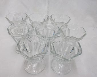 Vintage Anchor Hocking Ice Cream Sundae Glasses Set of 8, Glass Pedestal Parfait Dessert Soda Fountain Fluted Sherbet Glasses