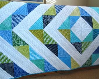 Handmade Quilt, Patchwork Quilt, Homemade Quilt, Modern Quilt, Lap Quilt, Wall Quilt, Home Decor, Sofa Quilt, Quilted Throw