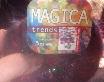 One skein Adriafil Magica trends 25 gram color084 lot 0001