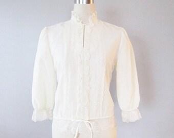 40% OFF SALE Vintage 1970's Lace Hippie Blouse / Cheri-Alan New York Victorian Pirate Blouse Top / Woman's Size Small Shirt