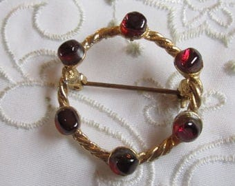 Vintage Gold Tone Rope Design Round Brooch with Six Ruby Red Glass Stones