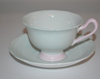 Royal Albert cup & saucer vintage tea cup Pastella shabby chic mint green pink