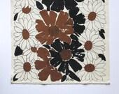 Vintage Vera Neumann Linen Tea Towel - Brown Black White Floral - Mid Century Modern Kitchen Decor 1970s - Hand Towel Daisies