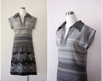 Peter Barron 1960's Dress, Mod Dress Medium, Designer Mod Dress in Black and White, Cap Sleeve Shirtdress Floral Dress