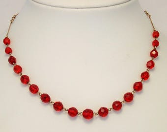 Red glass bead necklace. Vintage necklace. Wired necklace