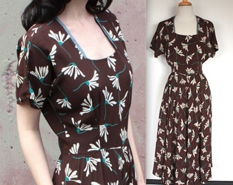 Vintage 1940's Dress // 40s 50s Brown Rayon Dress with Blue and White Daisy Floral Print // Tea Party Gown