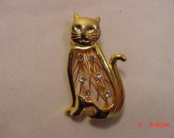 Vintage Filigree Rhinestone Cat Brooch  16 - 773