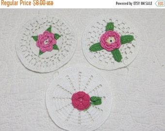 ON SALE Vintage Crochet Roses Pot Holders-Set of 3