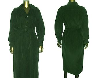 Vintage Designer Ralph Lauren Forest Green Pinwale Corduroy Buttoned Shirt Waist Inseam Pockets Boho Dress w/Matching D-Ring Buckled Belt 10