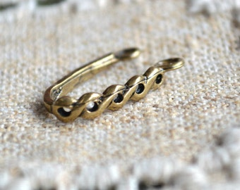 Bail Donut  Antiqued Brass 21x4mm Figure 8 Leaf 17mm Grip Length